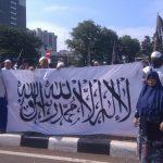 Bendera Bertuliskan Kalimat Tauhid Dibakar, Aliansi Ummat Islam Bereaksi dan Turun Jalan