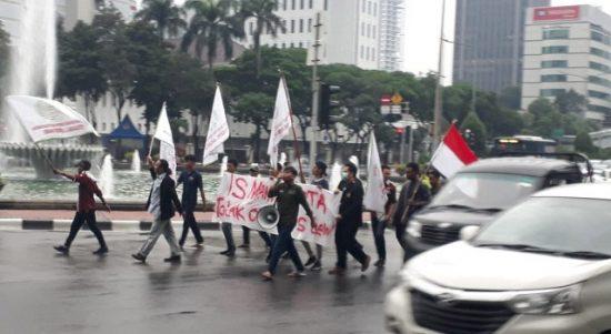 Aksi unjuk rasa Ismahi korwil Jakarta menolak RUU Cipta Kerja, Jumat (20/3/2020)